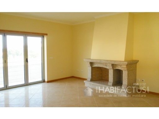 Two-flat House 3 Bedrooms
